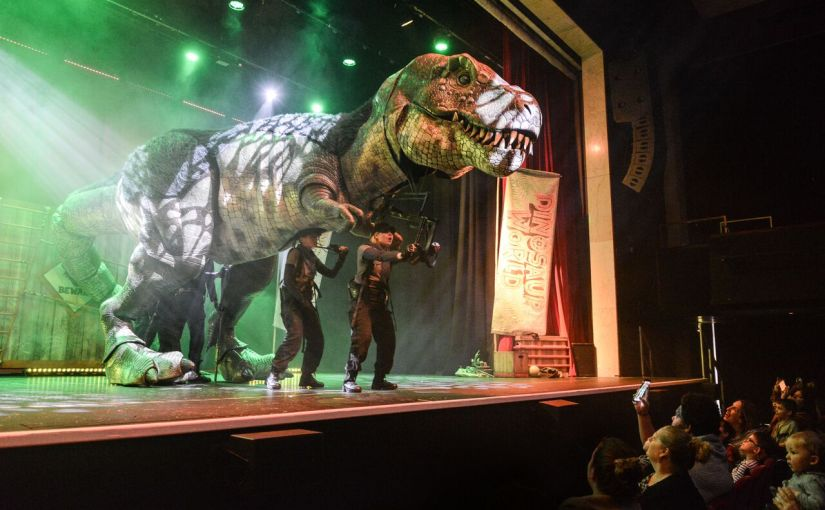 Dinosaur World Live Theatre Review